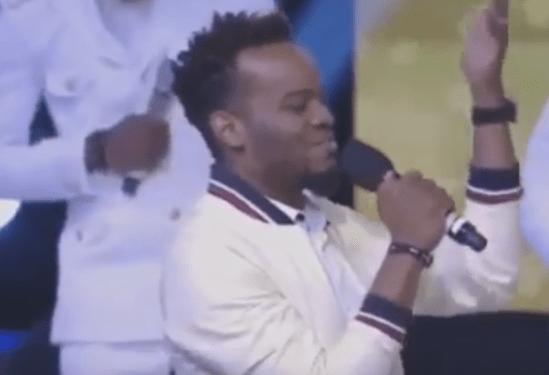 Video: Tim Godfrey Ft. Travis Greene – Nara Ekele (Take Glory) [LIVE]